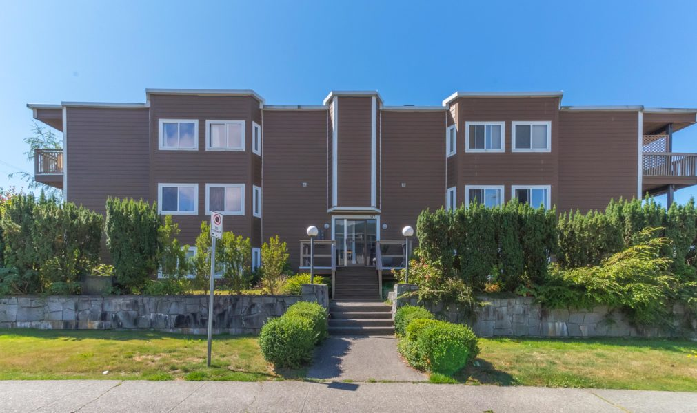 102 - 107 W 27 St, North Vancouver